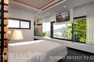 Sliding windows in the bedroom