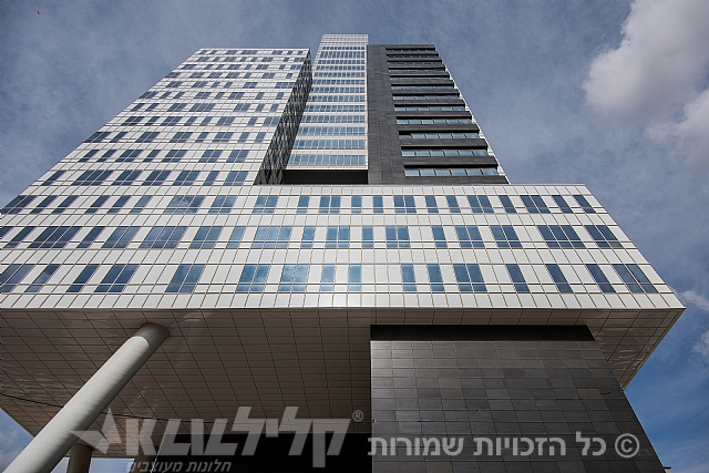 Bar kochva tower-Bney brak